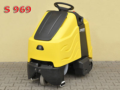STEP-ON BRUSH-TYPE VACUUM CLEANER KARCHER CV 85/2 RS Bp / 2500£ 0% TAX