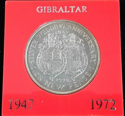 1972 Gibraltar 25 New Pence Crown Silver Wedding Anniversary Commemorative Toned