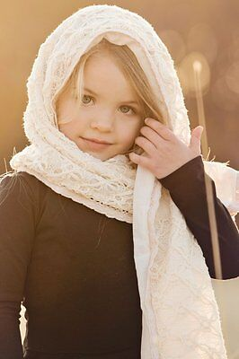 Persnickety Girls Large Cream Shawl Scarf Lace Autumn Splendor Boutique New kg1