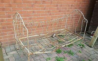 childs cast iron bed frame/daybed