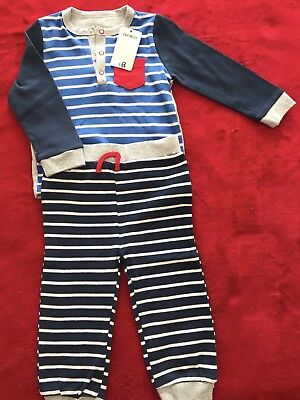 Baby boys clothes 9-12 months 2 part set-new with tags
