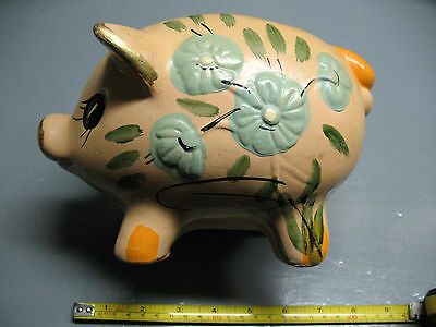 Piggy Bank Ceramic  Ucgc Vintage Taiwan  Hand Painted Flesh Tone  And  Gold
