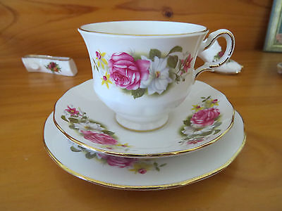 Gorgeous Queen Anne Trio - Pink And White Roses Fine Bone China Made In England
