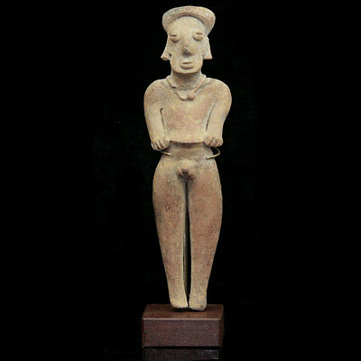 A Pre-Colombian Colima pottery figure of a male, 100 BC - 250 AD, y2607