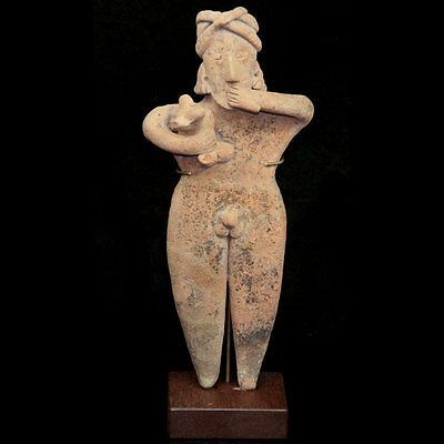 A Pre-Colombian Colima pottery figure of a male, 100 BC - 250 AD, y2600
