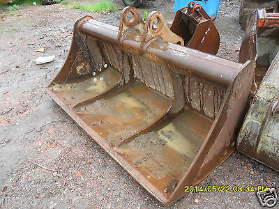 "80"" Grading/Ditching Bucket D/W 295mm C/C 390mm (782) OVAL PINS"