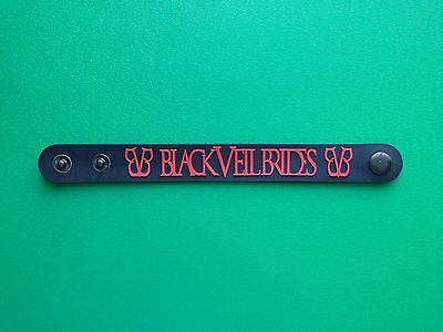 PUNK ROCK METAL MUSIC FESTIVAL RUBBER WRISTBAND/BRACELET:- BLACK VEIL BRIDES (b)