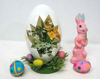 4 Piece Vintage Easter Table Decorations Egg Floral Centerpiece Chalkware Bunny