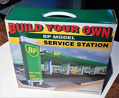 Build Your Own Toy BP Model Service Station Kit Factory-Sealed Easy Assem. NM/MT
