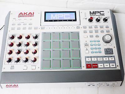 AKAI Professional  MPC RENAISSANCE Music Production Controller Iconic MPC Sound