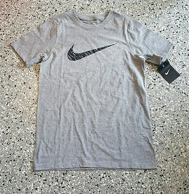 New Nike Youth Boys Graphic Logo Gray Short Sleeve T-Shirt Tee Size: Large