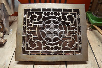 Victorian Cast Iron Vent Twist Operated