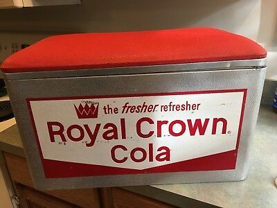 1959-1961 Cooler Royal Crown Cola The Fresher Refresher Red Padded Lid Nice !!