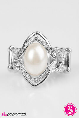 Paparazzi Accessories Ring White Fashion Pearl Rhinestone Silver Wedding Womens