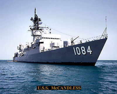 UNITED STATES NAVY DESTROYER ESCORT USS McCANDLESS DE1084 PHOTO WITH STATS SHEET