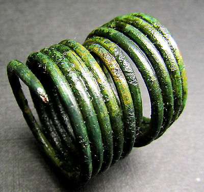 Ancient Viking Bronze Ring. (B7).