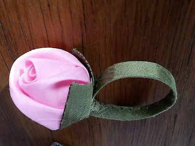 set of 8Vintage hand made silk pink roses napkin rings