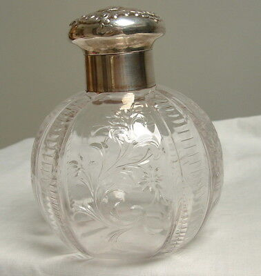 Lovely Antique Edwardian Silver Topped Scent Bottle William Comyns London 1902