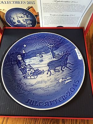 Bing & Grondahl 2015 Christmas Plate NIB  Santa's Presents 121st edition