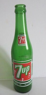"Vintage Canadian  7 Up Bottle 9.5""    Fort William, Ontario"