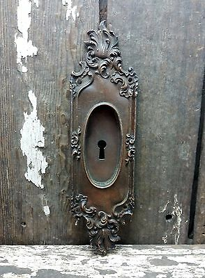 "VTG Old Ornate VICTORIAN Cast BRASS Door Keyhole Pocket Pull Backplate 10"" TALL*"
