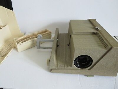 "VINTAGE 1960's SEAWAY 500S 2x2"" SLIDE PROJECTOR VERY CLEAN    PARTS OR REPAIR"