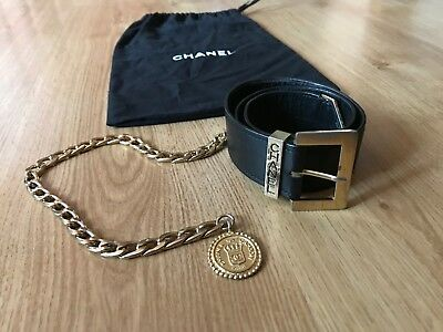 Chanel Vintage Black Leather CC Rue Cambon Gold Chain Made in France Belt (26 W)