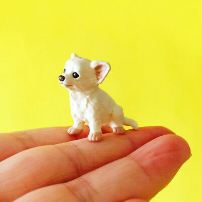 1Pcs Chihuahua dog Figurine Miniature