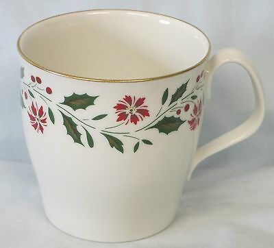 Royal Doulton Holly TC1169 Mug