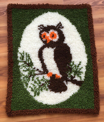 Vtg Completed/Finished Hand Crafted OWL Hand Latched/ Hooked Rug (370)
