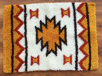 Vtg Completed/Finished Hand Crafted  SOUTHWESTERN Lached/ Hooked Rug 344