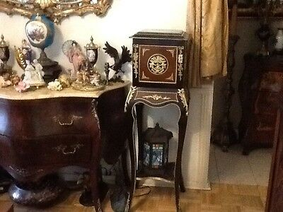 Pair Of Louis xv Kingwood And Walnut Pedestal Stands