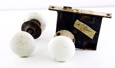 Antique Porcelain White Enamel Metal Door Knobs Lot Of 4 With Antique Latch
