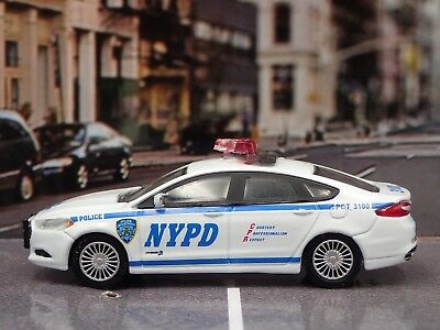 2013 Ford Fusion Nypd Police Dept Rare 1/64 Limited Edition Diecast Model Car