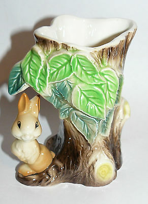 HORNSEA Pauna Rabbit Decorative Vase: England