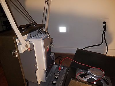 LED Kodak Pageant 16mm Movie Projector