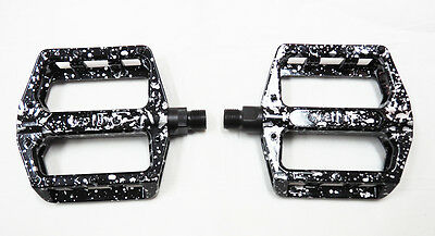 "Wellgo Alloy Platform Pedal Black with Silver Laser 9/16"" Axle MTB, BMX, Bicycle"