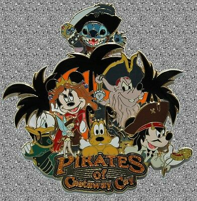 DISNEY Pin LE 300 DCL - Pirate Mickey & Gang Jumbo - Pirates of the Castaway Cay