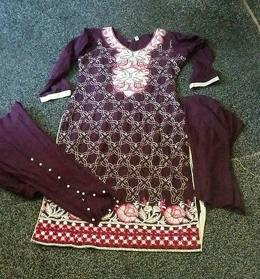 girls 3 peice tulip shalwar outfit in size 36 and 28