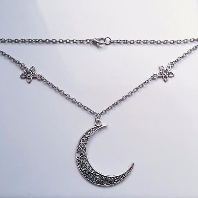 Final Fantasy XV 15 Lunafreya inspired crescent moon cosplay necklace PS4