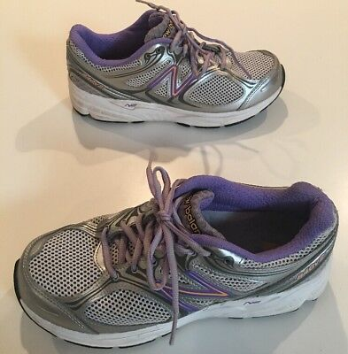 New Balance N2 840v2 Women's Running Shoes Size 8.5