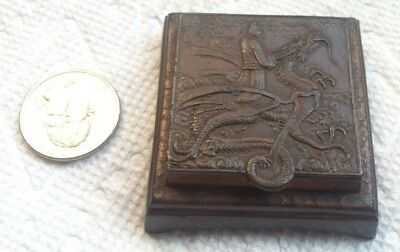 beautiful oriental antique vintage pill stamp snuff trinket box w/ dragon