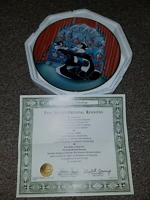 The Warner Bros Gallery Collectors Edition Plate Pepe Le Pew  24 karat gold