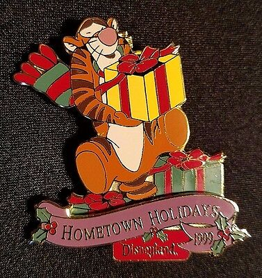 Retired 1999 Disneyland Christmas Hometown Holidays Series Tigger Pin Le 2400