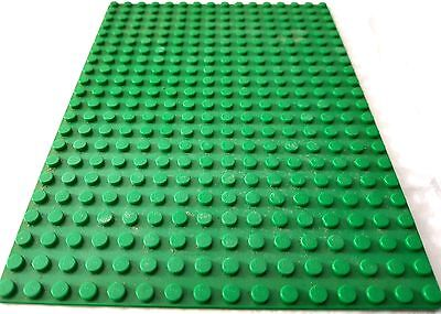 Lego Vintage Rare Old Board With Unusual  Amount Of Studs ,..