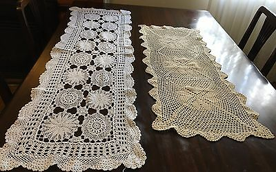 HAND CROCHET 2 Table Runners & 18 Doilies - Exc Cond
