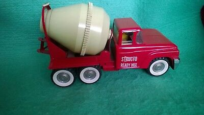 VINTAGE STRUCTO TOY TRUCK 1960's READY MIX CEMENT MIXER PRESSED STEEL