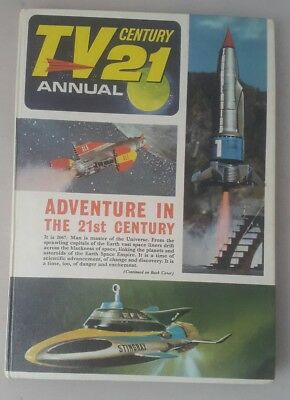 Vintage annual TV 21 century annual featuring thunderbirds and stingray