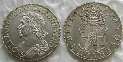 1658 Oliver Cromwell Half Crown NOVELTY COIN Silver Plated