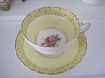 Gorgeous Vintage Paragon Pink Roses And Lemon Fine Bone China Cup And Saucer